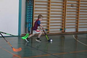 Unihockey 04